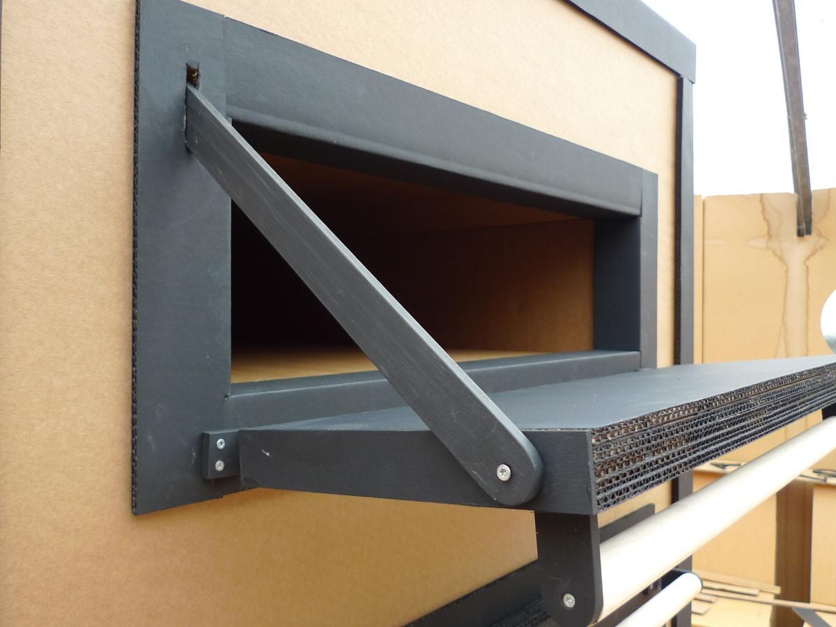 brotbackofen aus pappe kurtl m bel aus karton. Black Bedroom Furniture Sets. Home Design Ideas